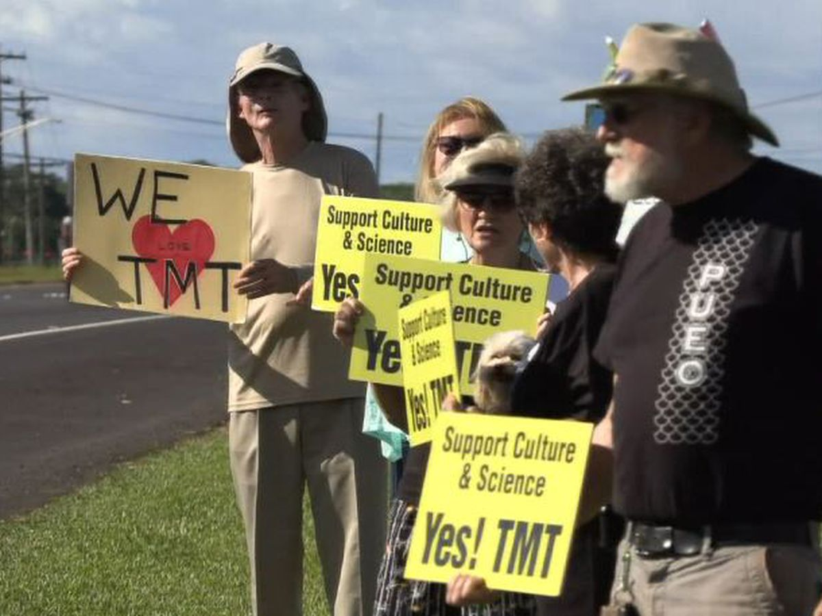 PHOTOS: Conflict on Mauna Kea continues with both opposition and support