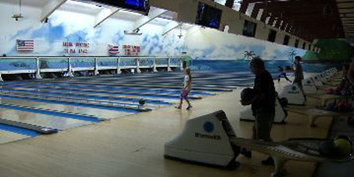 Group receives presidential support in fight to keep Kailua bowling alley open