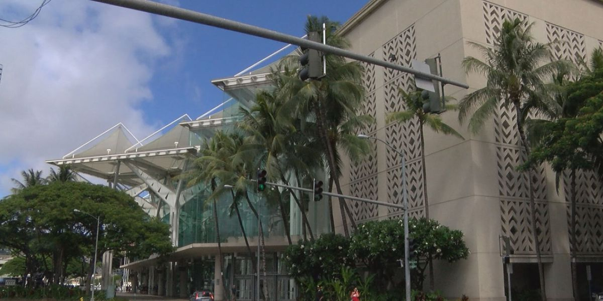 Man arrested in connection with bomb threat at Hawaii Convention Center