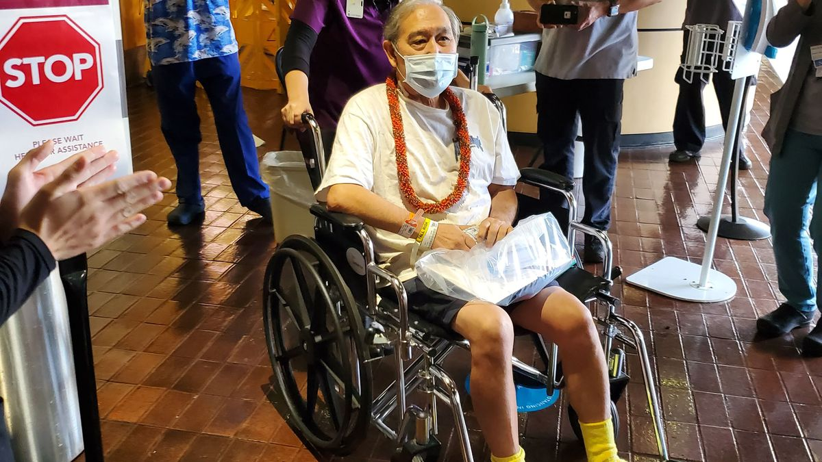 'I beat the odds': Hawaii man thrilled to be home after long COVID-19 hospitalization