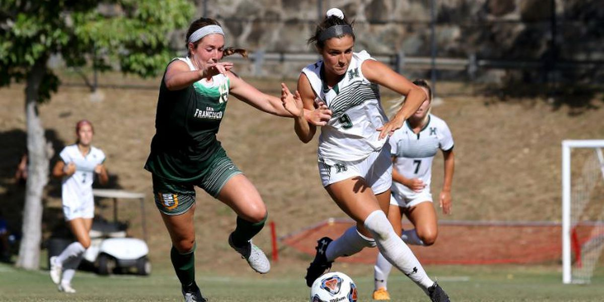 'Bows falls 3-2 in Outrigger Soccer Kickoff
