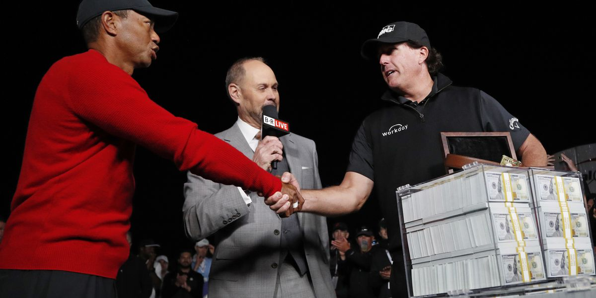 Tiger Woods/Phil Mickelson PPV Match Streamed Free, Angering Fans Who Paid