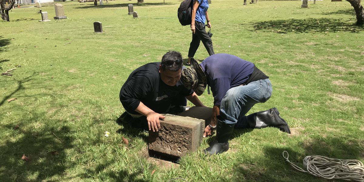 Kawaiahao Church members try to right 27 desecrated graves