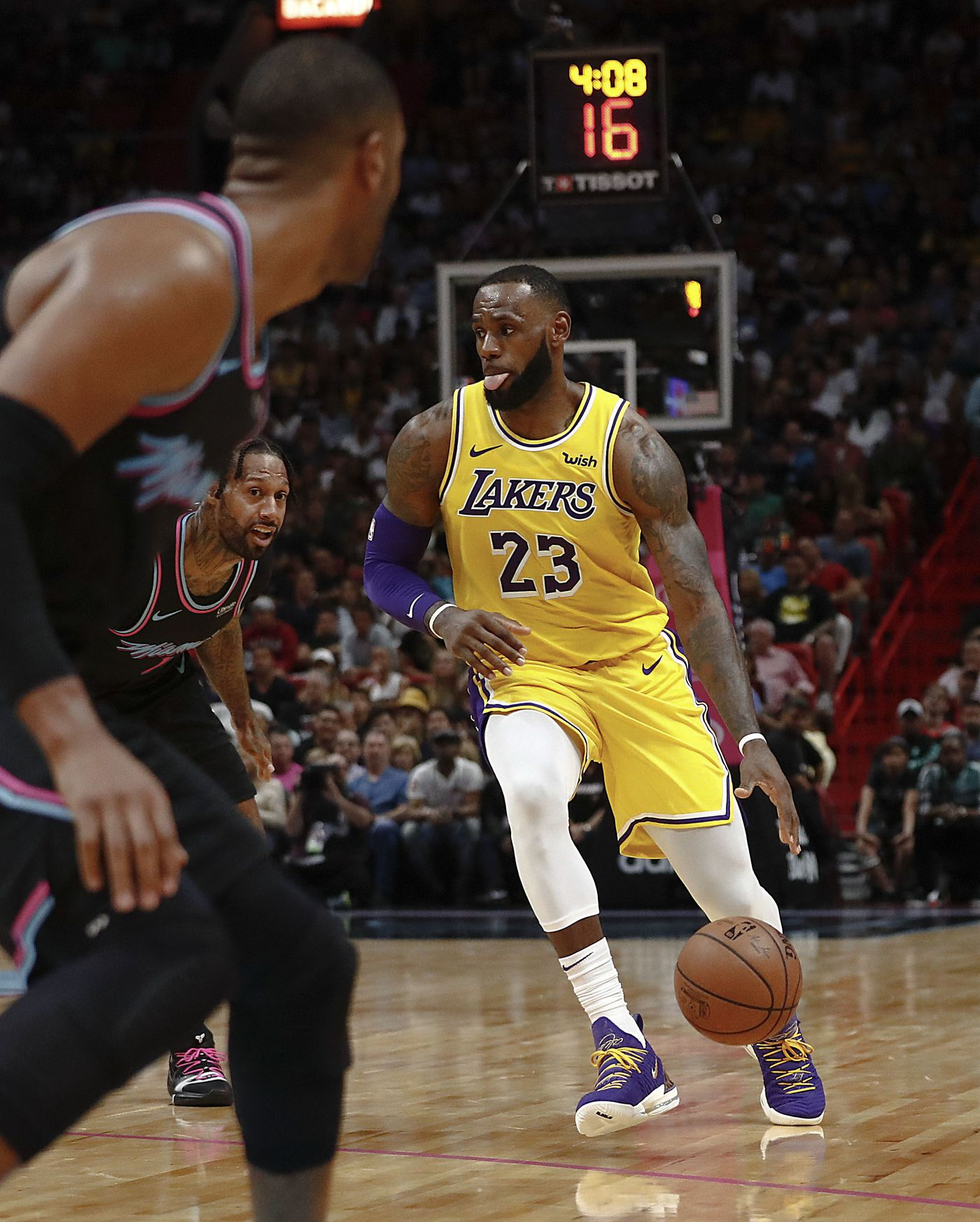 Los Angeles Lakers forward LeBron James dribbles the ball during the first half of the team's