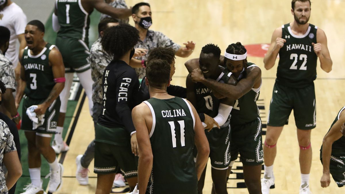 Rainbow Warriors get road-split against CSUN, with overtime loss to Matadors