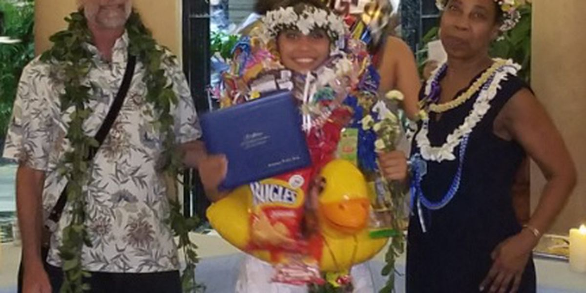 'You can do anything': Perseverance pays off for this Hawaii valedictorian
