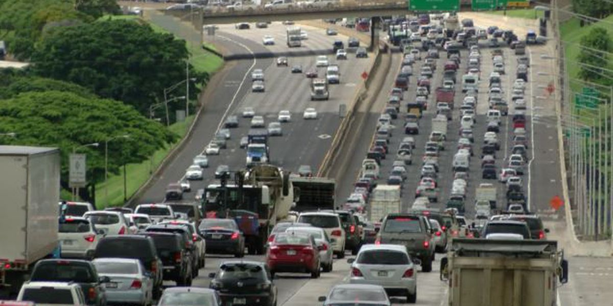 Study: Hawaii drivers most distracted in US