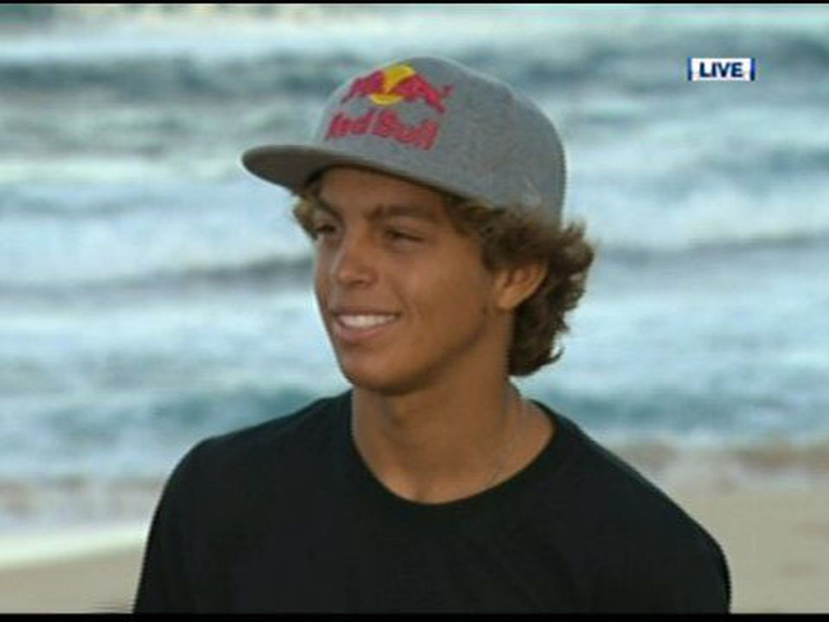Hawaii native Kai Lenny takes home the 2020 Red Bull Big Wave Awards Men's performance of the year