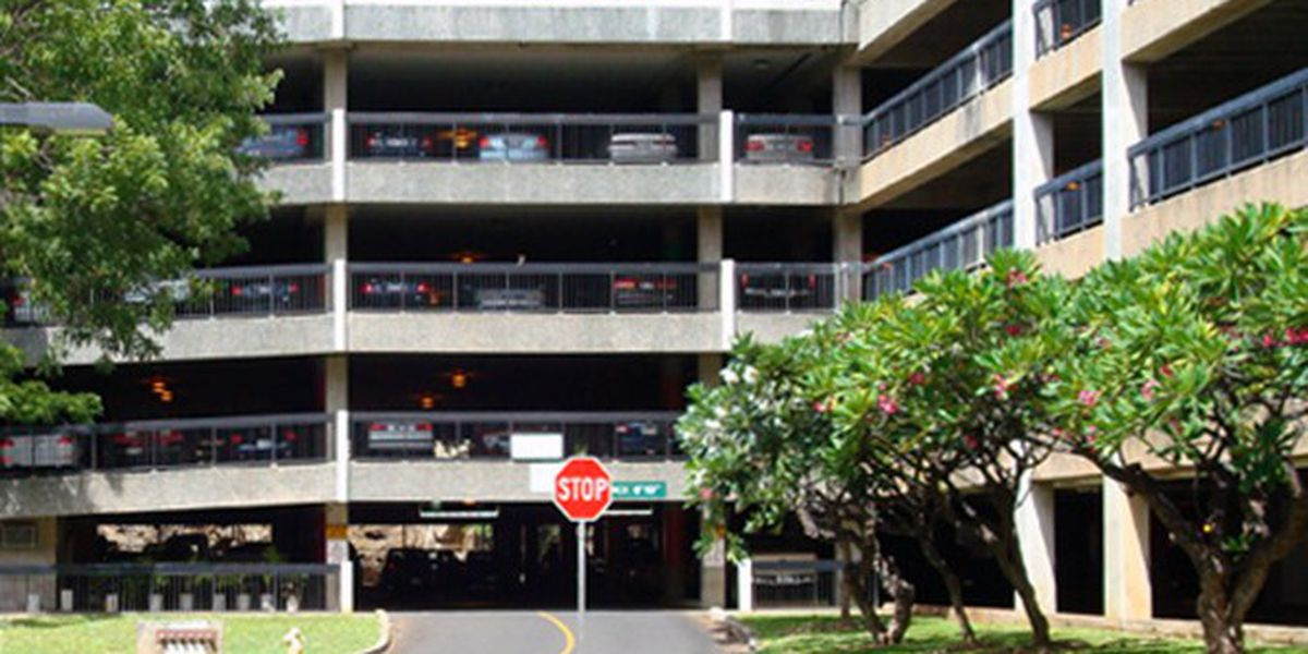 Board approves significant rate hike for parking at U.H. Manoa