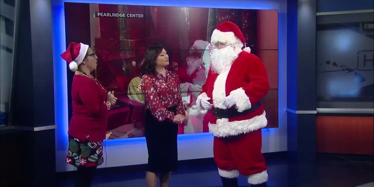 Pearlridge Santa Clause is helping the hearing impaired and ASL keike
