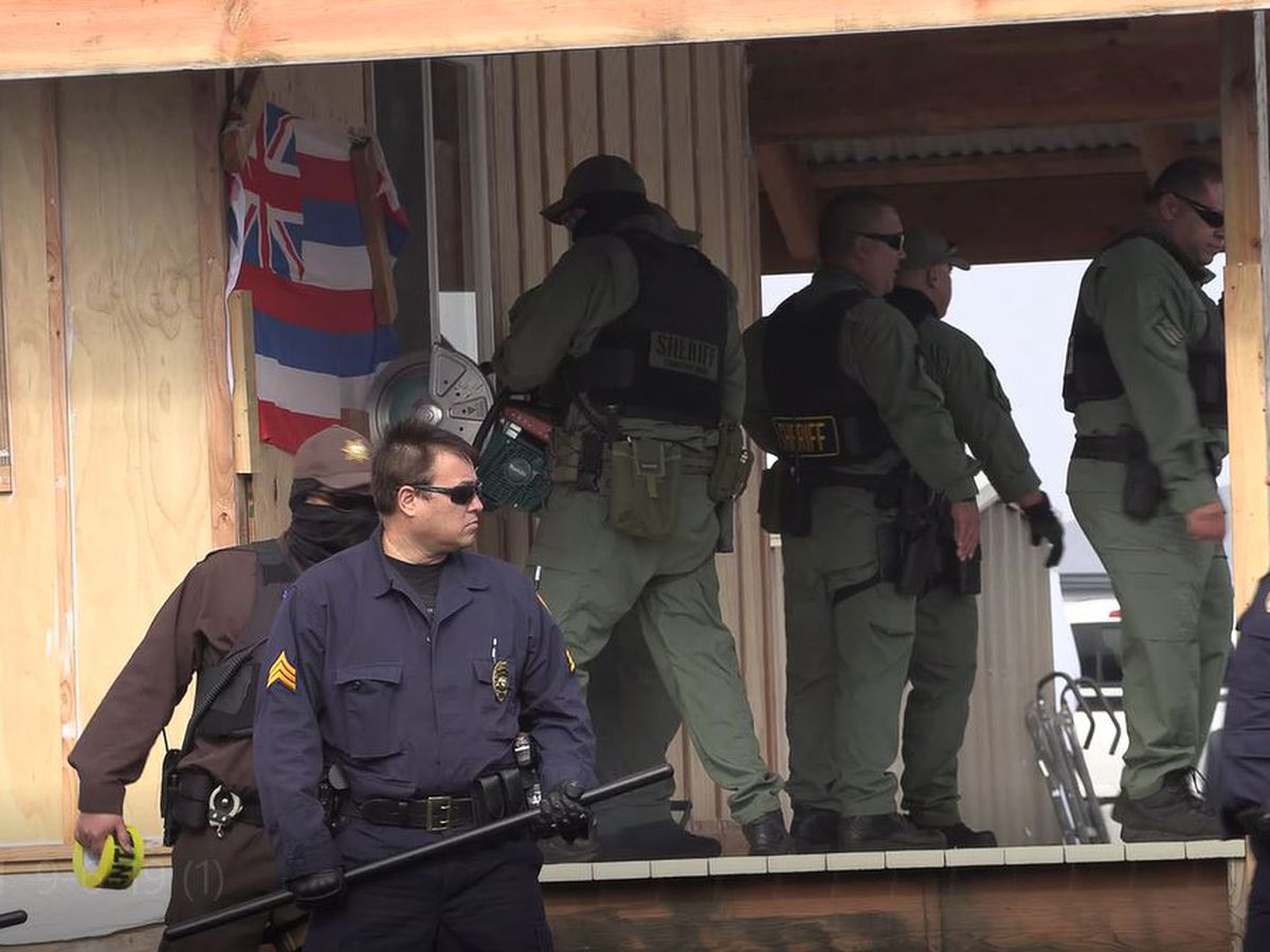 Ige hits back at Mauna Kea telescope protesters over flag 'tactics'