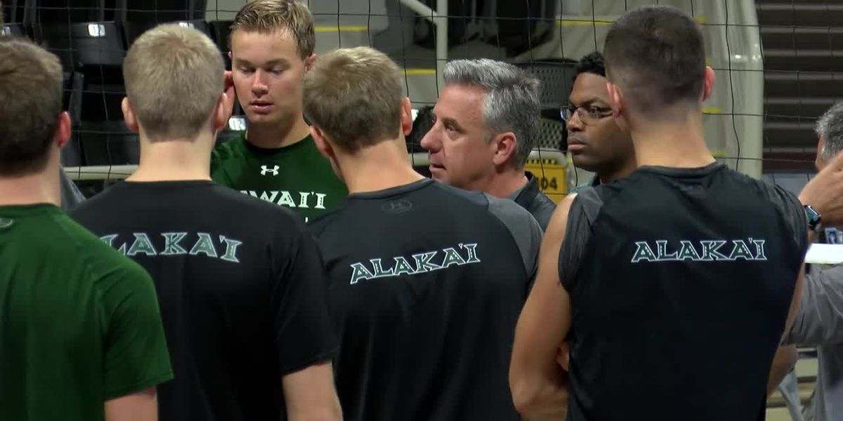 'Match for the ages' showdown between Hawaii & Long Beach State has coaches prepared for battle
